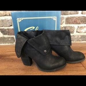 Sbicca booties size 8